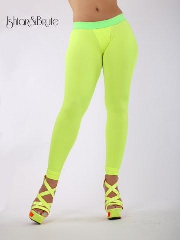 Cheeks leeging in yellow neon spandex 9