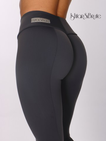 ishtar and brute cheeks legging in grey matt spandex 5